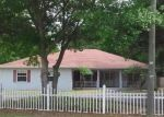 Foreclosed Home en CHESAPEAKE DR, Odessa, FL - 33556
