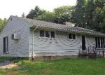 Foreclosed Home en W TURKEYFOOT LAKE RD, New Franklin, OH - 44319