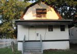 Foreclosed Home en S 9TH AVE, Maywood, IL - 60153