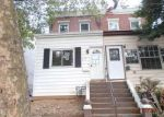 Foreclosed Home en MOORE ST, Darby, PA - 19023