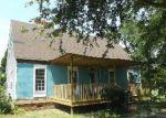 Foreclosed Home en PATTY RD, Cades, SC - 29518