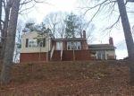 Foreclosed Home en E SPRAGUE ST, Winston Salem, NC - 27107