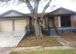 Foreclosed Home en W CATAWBA DR, Harvey, LA - 70058