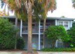 Foreclosed Home en 19TH AVE N, Jacksonville Beach, FL - 32250