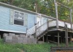 Foreclosed Home en VALLEY FALLS RD, Grafton, WV - 26354