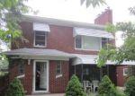 Foreclosed Home en VERNIER RD, Grosse Pointe Woods, MI - 48236