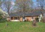 Foreclosed Home en W JAMES ANDERSON HWY, Buckingham, VA - 23921
