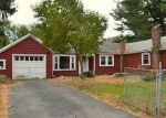 Foreclosed Home en ETON AVE, Warwick, RI - 02889