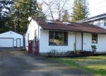 Foreclosed Home en SE 142ND AVE, Portland, OR - 97233