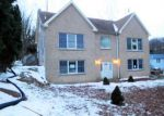 Foreclosed Home en MAXIM DR, Hopatcong, NJ - 07843