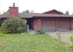 Foreclosed Home en 54TH AVENUE CT E, Spanaway, WA - 98387
