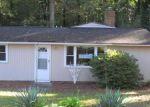 Foreclosed Home en STANSBURY AVE, Richmond, VA - 23225
