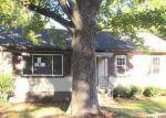 Foreclosed Home en BARLEN DR, Richmond, VA - 23225
