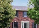 Foreclosed Home en TEWSBURY GATE, Maple Grove, MN - 55311