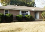 Foreclosed Home en BRISTOL AVE, Grandview, MO - 64030