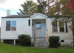 Foreclosed Home en PINEBURR AVE SE, Valdese, NC - 28690