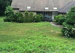 Foreclosed Home en CANDLEWOOD DR, North Kingstown, RI - 02852