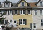 Foreclosed Home en NORTHAMPTON ST, Easton, PA - 18042