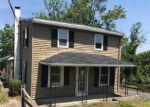 Foreclosed Home en HALL RD, Nazareth, PA - 18064