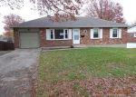 Foreclosed Home en S STAYTON AVE, Independence, MO - 64055