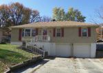Foreclosed Home en S OSAGE ST, Independence, MO - 64055
