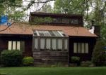 Foreclosed Home en TOWER HILL RD, Tiverton, RI - 02878