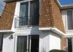 Foreclosed Home en GEORGIAN LN, Buffalo, NY - 14221