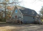 Foreclosed Home en OLD SNAKE HILL RD, Chepachet, RI - 02814