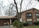 Foreclosed Home en LANGFORD DR, Bolingbrook, IL - 60440