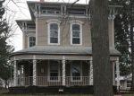 Foreclosed Home en N GENESEE ST, Waukegan, IL - 60085