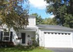 Foreclosed Home en W ORLEANS ST, Mchenry, IL - 60050