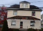 Foreclosed Home en DELAWARE ST, Wilkes Barre, PA - 18705