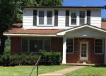 Foreclosed Home in N KINGSHIGHWAY ST, Saint Charles, MO - 63301