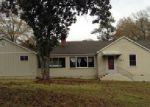 Foreclosed Home en WESLEYAN DR, Macon, GA - 31210