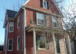Foreclosed Home en GOLDEN HILL ST, Naugatuck, CT - 06770