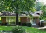 Foreclosed Home en WESTWOOD DR, Mount Vernon, IL - 62864