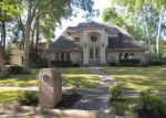 Foreclosed Home en ZILONIS CT, Jersey Village, TX - 77040