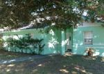 Foreclosed Home en SANDALWOOD CIR SW, Winter Haven, FL - 33880