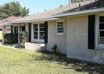 Foreclosed Home en S WEAVER ST, Gainesville, TX - 76240