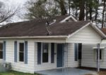Foreclosed Home in N 5TH AVE, Chatsworth, GA - 30705