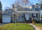 Foreclosed Home en PATTON DR, Ewing, NJ - 08618