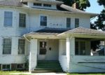 Foreclosed Home en E WASHINGTON ST, Rushville, IL - 62681