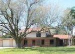 Foreclosed Home en S 12TH ST, Raymondville, TX - 78580