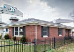 Foreclosed Home en N DOUGLAS AVE, Springfield, MO - 65803