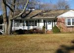 Foreclosed Home en MAIN BLVD, Ewing, NJ - 08618