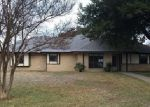 Foreclosed Home en BUFFALO CREEK CIR, Waxahachie, TX - 75165