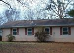 Foreclosed Home en NEWBERRY CIR, Oak Ridge, TN - 37830