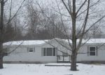 Foreclosed Home en BAY DE NOC DR, Menominee, MI - 49858