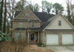 Foreclosed Home en PINE SHADOWS DR, Stone Mountain, GA - 30088