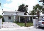Foreclosed Home en NE 154TH TER, Miami, FL - 33162